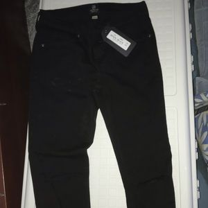 NWT size 25 Just Black jeans with slits in knees